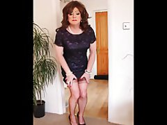 Mature, MILF, Redhead, Stockings