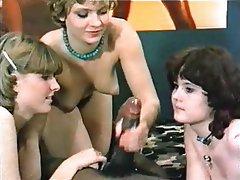 Pornstar Handjob German
